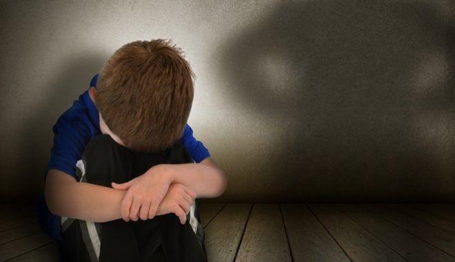 """Λαμία: Στο """"Χαμόγελο του Παιδιού"""" το 6χρονο αγοράκι που ξυλοκοπήθηκε από τη μητέρα του"""