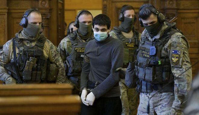 Ο Χασάν Φ. που καταδίκαστηκε από δικαστήριο της Ουγγαρίας σε ισόβια
