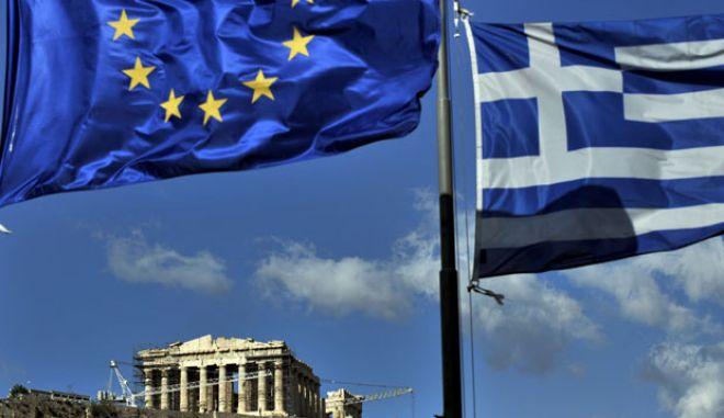 Αισιοδοξία από την Ευρωζώνη για την επαναγορά ομολόγων