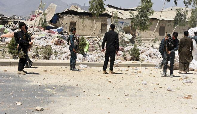 Έκρηξη με νεκρούς σε συγκέντρωση Ταλιμπάν - αξιωματούχων