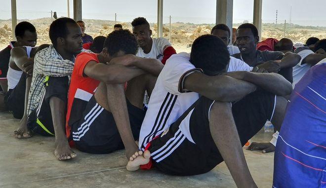 Πρόσφυγες στη Λιβύη