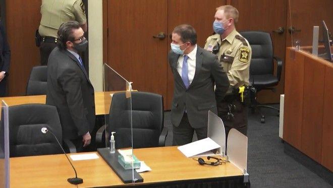 Ο Ντέρεκ Σόβιν στο δικαστήριο