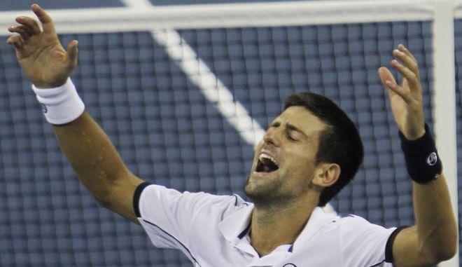 O Νόβακ Τζόκοβιτς είναι σήμερα 34 χρόνων. Από τα 4 αφοσιώθηκε στο τένις. Από το 2011 είναι μεταξύ των κορυφαίων. Όλα αυτά έχουν πολύ συγκεκριμένους λόγους.