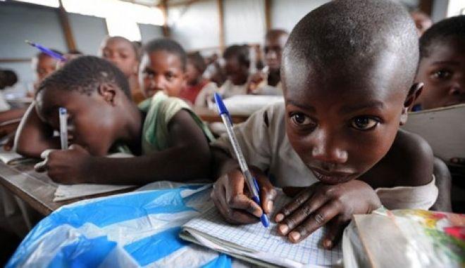 Κονγκό: Το ένα τρίτο των παιδιών στη χώρα δεν πάει σχολείο