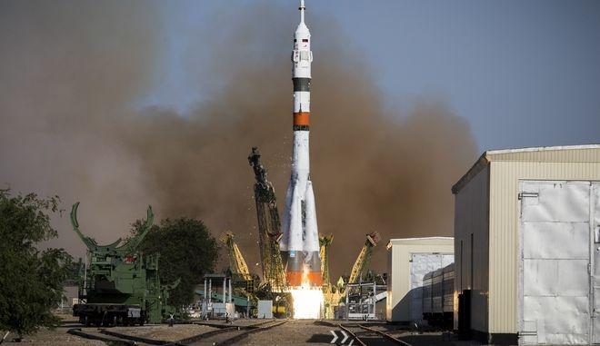 Εκτόξευση ρωσικού πυραύλου με προορισμό το Διεθνή Διαστημικό Σταθμό (ISS)