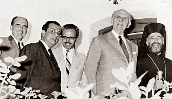 Φόρεϊν Οφις για το 1982: Παπανδρέου και Κυπριανού κινούνταν στο Κυπριακό με κύριο άξονα το προσωπικό τους πολιτικό συμφέρον