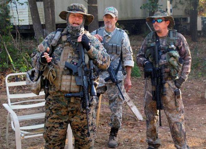 Παραστρατιωτικές ομάδες στις ΗΠΑ παίρνουν τα όπλα ενόψει των εκλογών