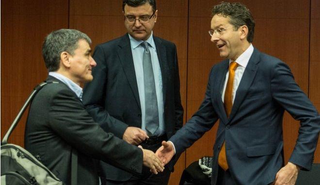 Έρχεταιδόση 10,7δις ευρώκαι43 προαπαιτούμεναγιαΟκτώβριο
