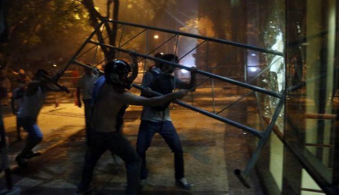 Παραγουάη: Νεκρός από πλαστική σφαίρα διαδηλωτής