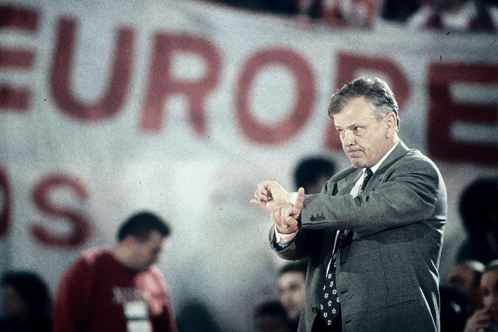 Ο Ντούσαν Ίβκοβιτς ηρεμούσε μόνο με τα περιστέρια του