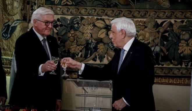 Φωτογραφία από το επίσημο δείπνο προς τιμήν του Προέδρου της Γερμανίας Φρανκ Βάλτερ Σταϊμάιερ από τον Πρόεδρο της Δημοκρατίας, Προκόπη Παυλόπουλο