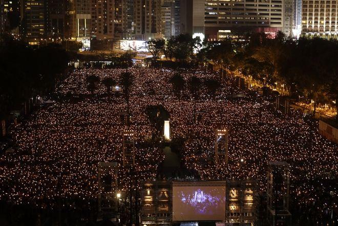 Πλάνο από τη συγκέντρωση στη μνήμη των θυμάτων της 4ης Ιουνίου 1989, Κίνα