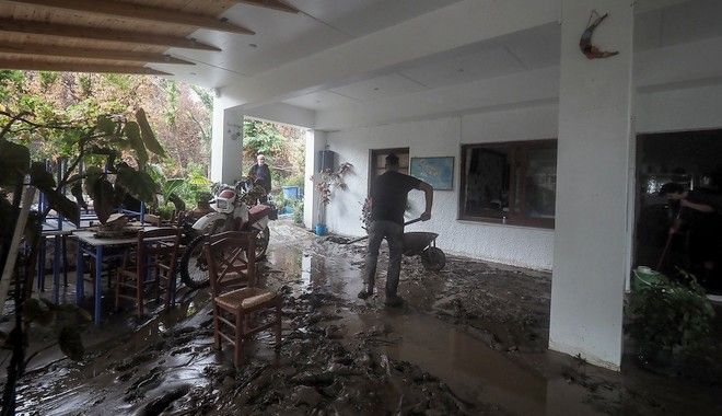 Βόρεια Εύβοια: Η επόμενη μέρα - Η καταστροφή σε 20 εικόνες