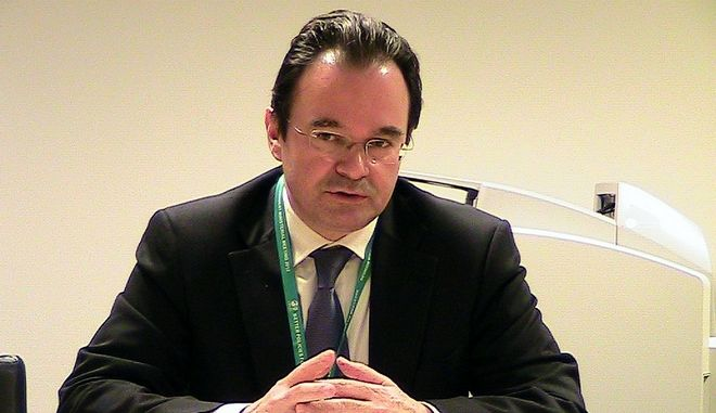 Ο Υπουργός Περιβάλλοντος, Ενέργειας και Κλιματικής Αλλαγής, Γιώργος Παπακωνσταντίνου, εκπροσωπεί την Ελλάδα στην Επιτροπή Περιβαλλοντικής Πολιτικής που διεξάγεται σε επίπεδο Υπουργών στο Παρίσι 29-30 Μαρτίου 2012. Στο περιθώριο της Συνόδου, έχει προγραμματιστεί και συνάντηση του Υπουργού ΠΕΚΑ με τον Γενικό Γραμματέα του ΟΟΣΑ, Άνχελ Γκουρία. (EUROKINISSI // ΥΠΟΥΡΓΕΙΟ ΠΕΡΙΒΑΛΛΟΝΤΟΣ) ** All rights reserved by Υπουργείο Περιβάλλοντος **