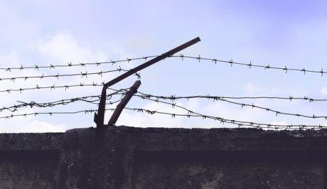 Οργή στη Βραζιλία: Τον φυλάκισαν για το χρώμα του δέρματός του