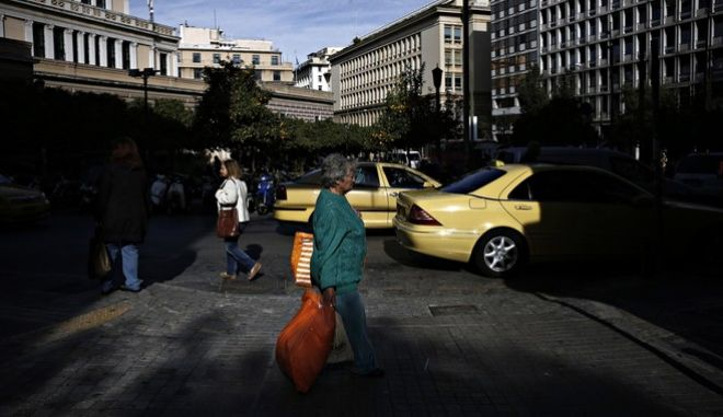 Daily life, Athens on November 25 2015 /  ,   25  2015.