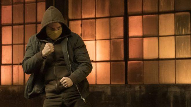 Γιατί το Netflix αποτελείωσε όλες τις υπερηρωικές σειρές της Marvel;