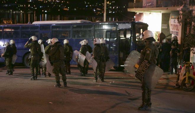 Διαμαρτυρία κατοίκων της Λέσβου ενάντια στην επίσκεψη του πρωθυπουργού Αλέξη Τσίπρα