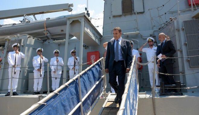 Ο Υπουργός Εθνικής Άμυνας Νίκος Παναγιωτόπουλος επισκέφθηκε το Αρχηγείο Στόλου στο Ναύσταθμο Σαλαμίνας.
