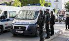Ασθενοφόρο και αστυνομικοί στην Τυνησία (φωτογραφία αρχείου)