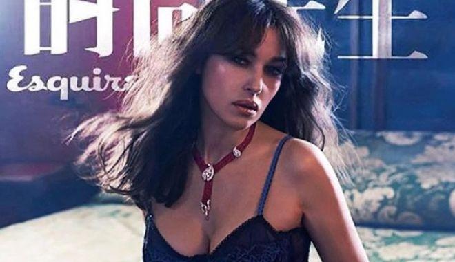 Η νέα σέξι φωτογράφιση της Μόνικα Μπελούτσι σταματάει τον χρόνο