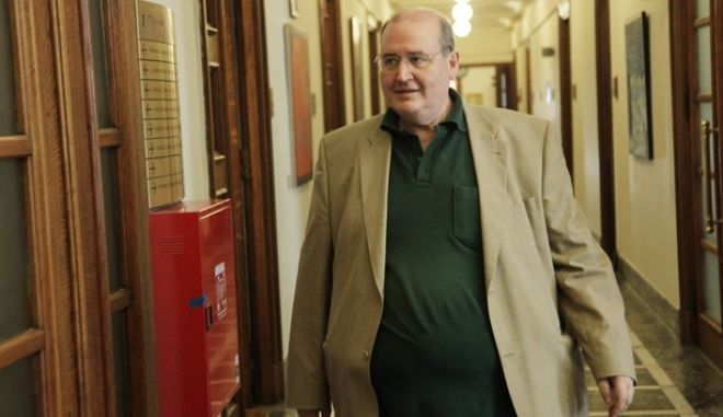 ΑΘΗΝΑ-Συνεδριάζει το Υπουργικό Συμβούλιο στο κτίριο της Βουλής,υπό την προεδρία του Πρωθυπουργού  Αλέξη Τσίπρα// ΣΤΗ ΦΩΤΟΓΡΑΦΙΑ  Ο ΥΠΟΥΡΓΟΣ  ΝΙΚΟΣ ΦΙΛΗΣ.(Eurokinissi-ΠΑΝΑΓΟΠΟΥΛΟΣ ΓΙΑΝΝΗΣ)