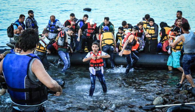 """Προσφυγιά ή """"εισβολή"""";"""
