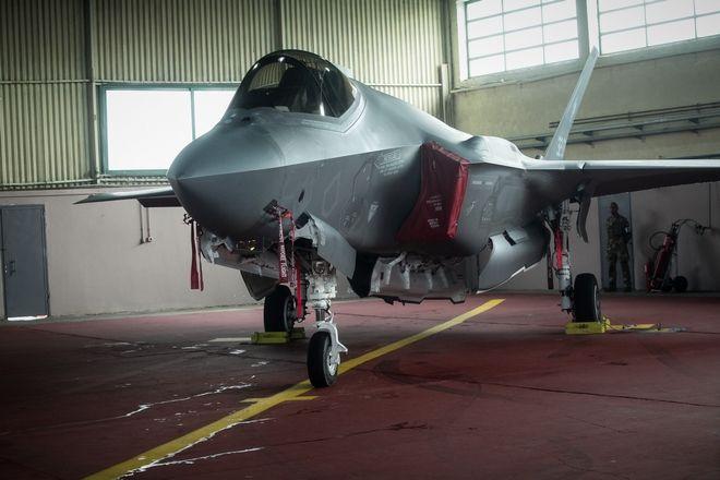 Ηνίοχος 2019: Μαχητικό F-35 στην αεροπορική βάση της Ανδραβίδας