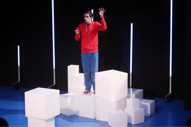 Γιάννης Νιάρρος στην παράσταση