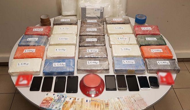 Τα ευρήματα της αστυνομίας για το κύκλωμα διακίνησης ναρκωτικών