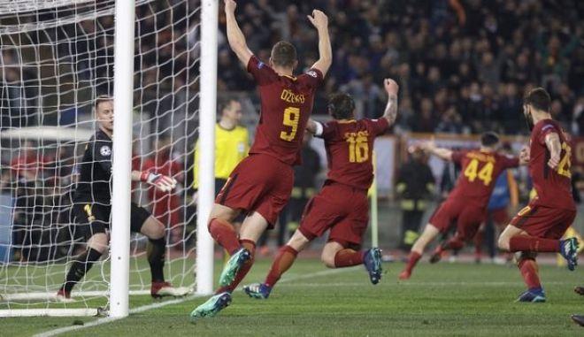 Το νικητήριο γκολ της Ρόμα, από τον Κώστα Μανωλά έδωσε την πρόκριση στην ιταλική ομάδα απέναντι στη Μπαρτσελόνα