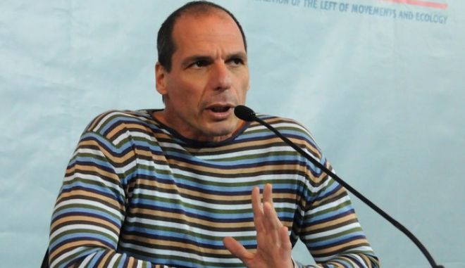 Βαρουφάκης: Αυτή τη στιγμή η Κύπρος είναι εκτός ευρώ