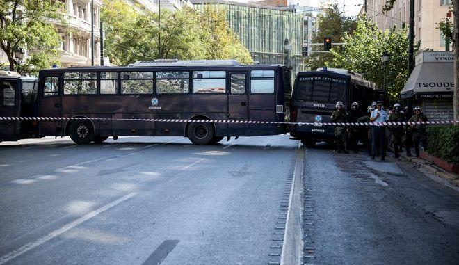 Μέτρα ασφαλείας στο κέντρο της Αθήνας