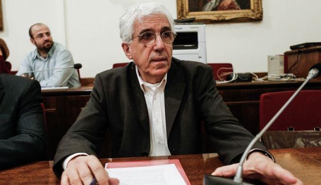Ν. Παρασκευόπουλος: 'Το ΣτΕ έσφαλε στην απόφασή του για τον νόμο Παππά'