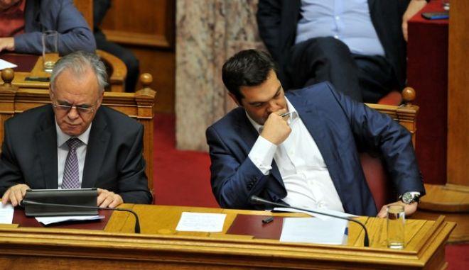 Προ ημερησίας διατάξεως συζήτηση στη Βουλή για τις διαπραγματεύσεις με τους δανειστές, την Παρασκευή 5 Ιουνίου 2015. (EUROKINISSI/ΤΑΤΙΑΝΑ ΜΠΟΛΑΡΗ)