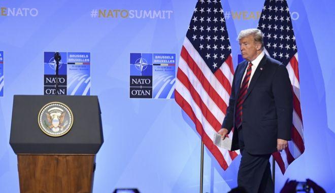 Ο αμερικανός Πρόεδρος, Ντόναλντ Τραμπ στη Σύνοδο του ΝΑΤΟ