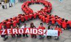 Αναπτυγμένες χώρες: Μειώθηκε στο μισό η θνησιμότητα του ιού του AIDS