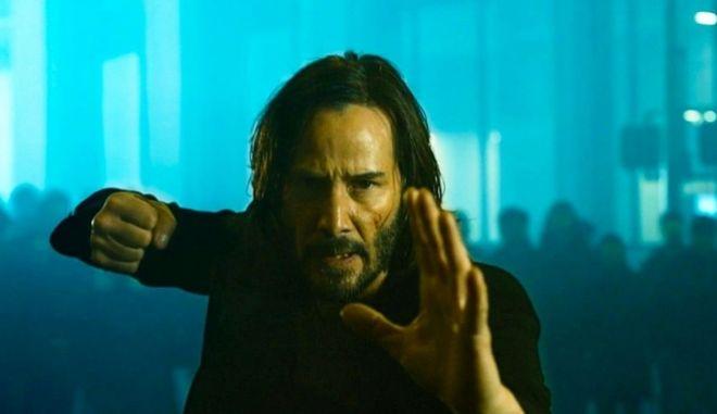 Matrix 4: Κυκλοφόρησε το teaser trailer - Εσύ ποιο χάπι θα διαλέξεις;
