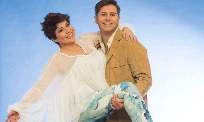 Αλέξανδρος Μπουρδούμης και Μαριέλλα Σαββίδου σε φωτογράφιση για το musical