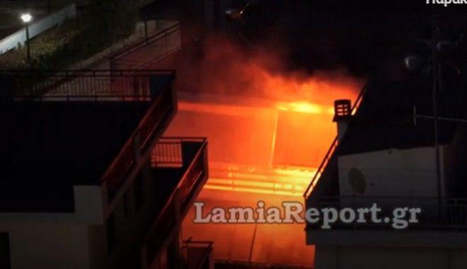 Λαμία: Κάλεσαν την Πυροσβεστική για φωτιά - Αιτία ο... Ολυμπιακός