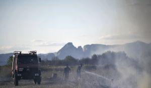 Συλλήψεις στην Ηλεία για εμπρησμό - Έκαιγαν κλαδιά και καλαμιές και έβαλαν φωτιά