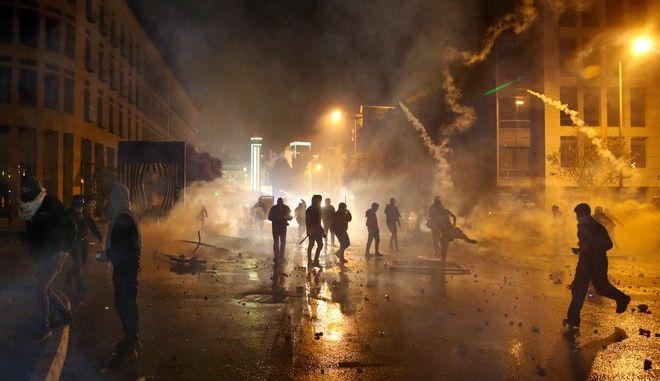 Επεισόδια σε αντικυβερνητικές διαδηλώσεις στον Λίβανο