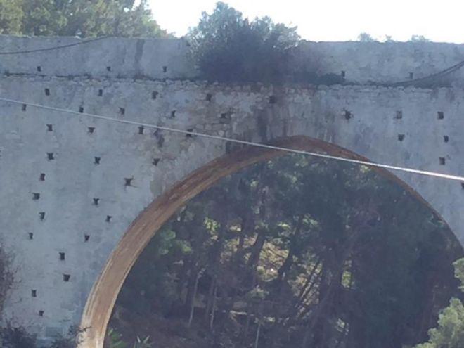 Κρήτη: Κινδυνεύει η ιστορική γέφυρα - Την έφτιαξε ο Μοροζίνι, την καταστρέφουμε εμείς