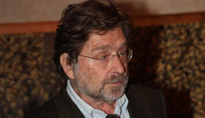 O καθηγητής Νίκος Μουζέλης
