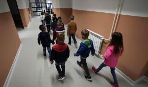 Παιδιά σε σχολείο σε καιρό κορονοϊού
