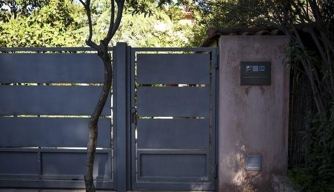 Το σπίτι στην Κηφισιά όπου το πρωΐ της Μεγ. Δευτέρας 2 Απριλίου 2018, δύο ένοπλοι ληστές πυροβόλησαν και τραυμάτισαν 52χρονο επιχειρηματία