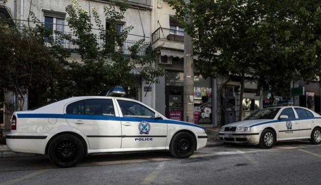 Συνελήφθησαν σωφρονιστικός υπάλληλος και δημοτικός αστυνομικός για διακίνηση ναρκωτικών