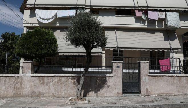 Το σπίτι της 64χρονης που σκοτώθηκε από πυροβολισμούς