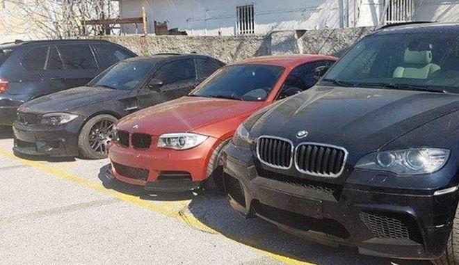 Έκλεβαν πολυτελή αυτοκίνητα και μοτοσικλέτες μεγάλου κυβισμού