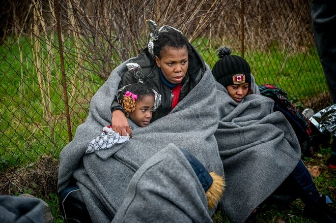 Άφιξη βάρκας με 27 μετανάστες αφρικανικής καταγωγής στη Σκάλα Συκαμινιάς